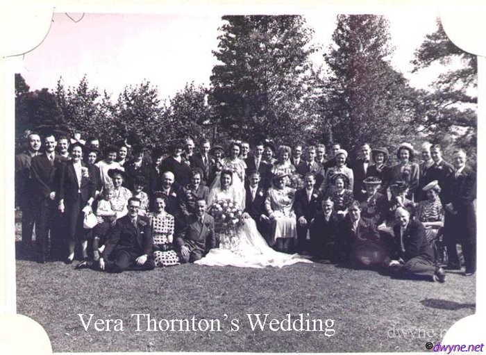 m033 Vera Thornton's wedding